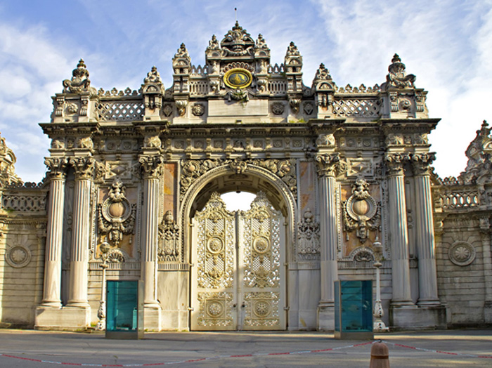 see-dolmabahce-palace-700×524